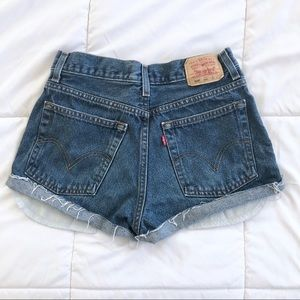 Urban Outfitters Shorts - Adorable Levi's 569 high waisted denim shorts